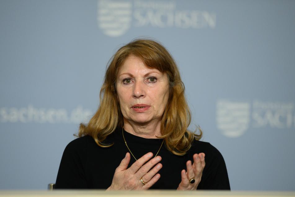 Sachsens Sozialministerin Petra Köpping (62, SPD) rief am 76. Jahrestag der Befreiung vom Nationalsozialismus zum Widerstand gegen antidemokratische Bestrebungen auf.