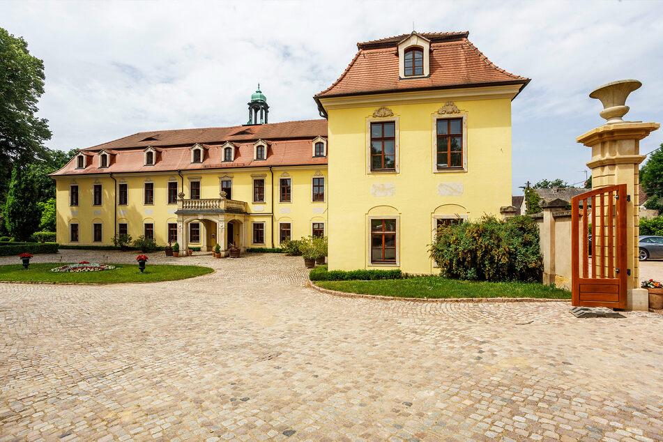 Auf Schloss Proschwitz steigt ein Kunst-, Antik- und Gartenmarkt.