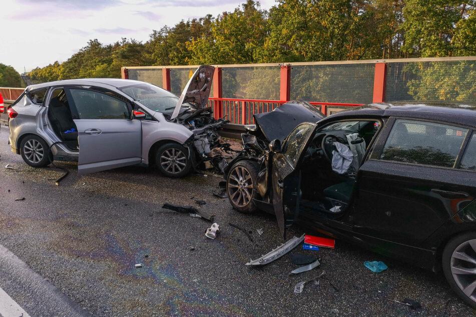 Lebensgefahr nach Frontal-Unfall: 76-Jähriger krachte in Gegenverkehr