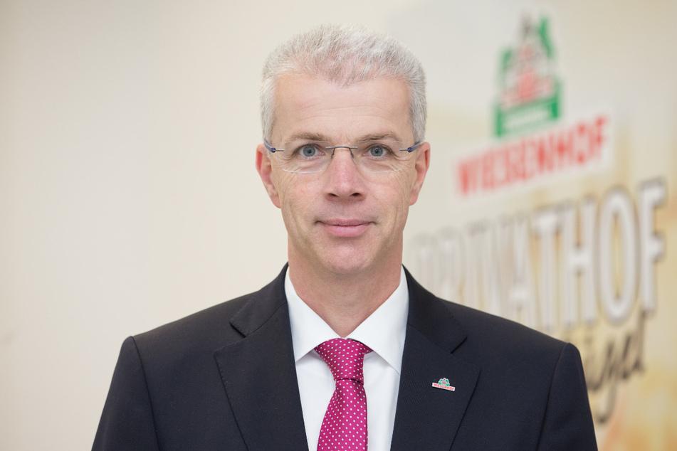 Peter Wesjohann, PHW-Vorstandschef, in den Räumen des Geflügelproduzenten Wiesenhof.