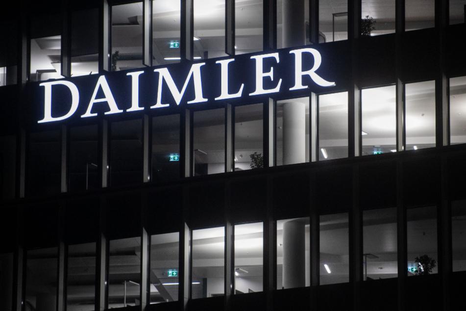 """Südkorea belegt Daimler mit Geldstrafe wegen """"illegaler"""" Software"""