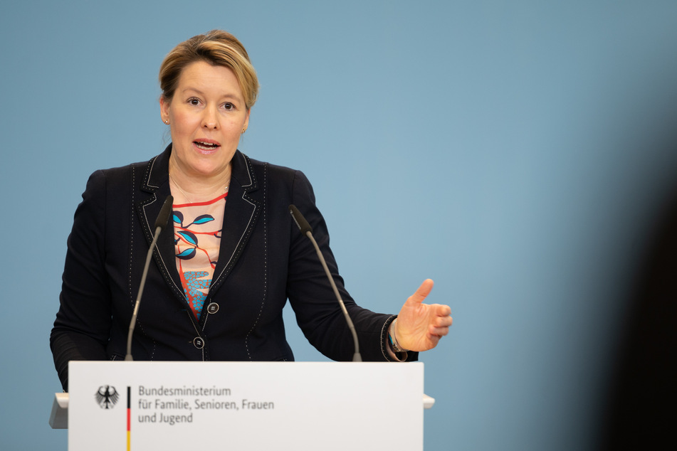 Franziska Giffey (SPD), Bundesministerin für Familie, Senioren, Frauen und Jugend, spricht nach einer Videokonferenz des Corona-Kita-Rates vor Journalisten.