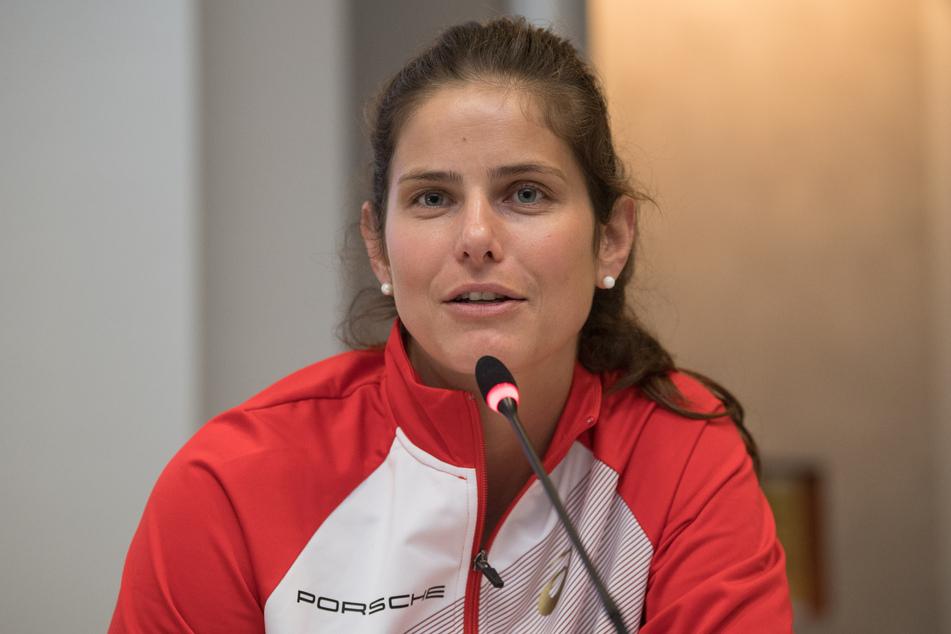 11. Juli, Berlin: Julia Görges, Tennisprofi, nimmt an einer Pressekonferenz anlässlich der Einladungsturniere im Steffi-Graf-Stadion und in einem Hangar des ehemaligen Flughafens Tempelhof teil.