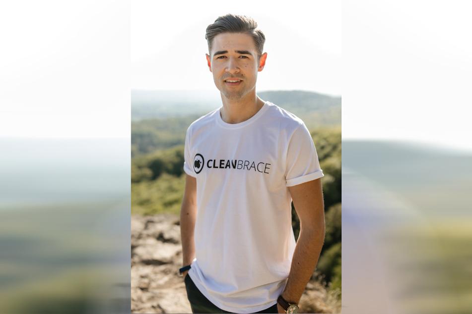 Mit-Erfinder eines fünfköpfigen Start-up-Teams: Cleanbrace-Vertriebsleiter Joel Scholderer (25) studierte in Dresden BWL und Wirtschaftsstrategie Management. Er verkauft das Armband inzwischen auch in Österreich, Italien, den Niederlanden und der Schweiz.