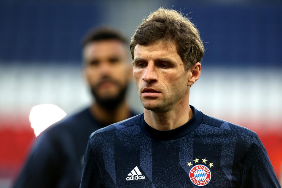 Für den FC Bayern München, rund um Thomas Müller (31) und Co., sowie den Rest der Erst- und Zweitligaklubs geht es ab dem 12. Mai in ein Quarantäne-Trainingslager.