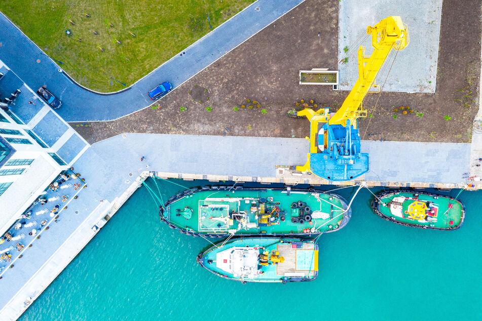 Auf einem Schiff im Hafen von Burgas wurden 11 von 20 Besatzungs-Mitglieder positiv auf das Coronavirus getestet, nachdem ein Mann daran gestorben war. (Symbolbild)