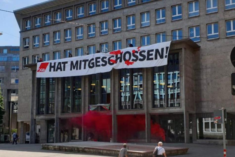 Besetzt Identitäre Bewegung DGB-Haus in Stuttgart?