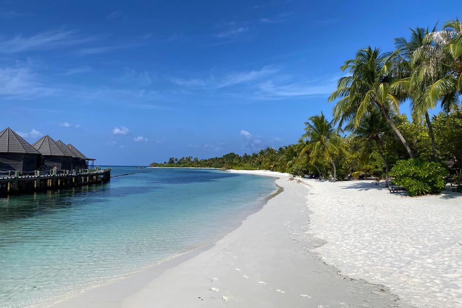 Die Malediven locken normalerweise zahlreiche Gäste an. Das Land in Südasien erholt sich weiterhin vom Tourismus-Boom der Jahre vor 2020.