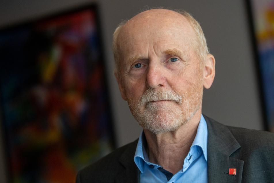 Jörg Lauenroth-Mago, Verhandlungsführer von ver.di, kämpft gegen eine 2-Klassen-Gesellschaft im Einzelhandel.