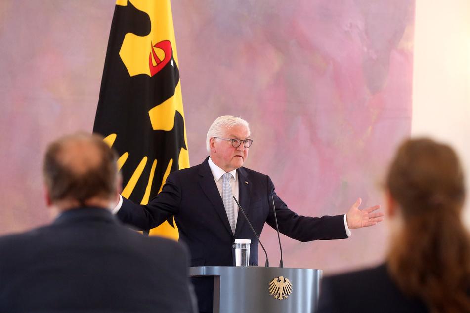 Bundespräsident Frank-Walter Steinmeier hat angesichts der Gefahren durch das Coronavirus vor leichtsinnigem Verhalten gewarnt.