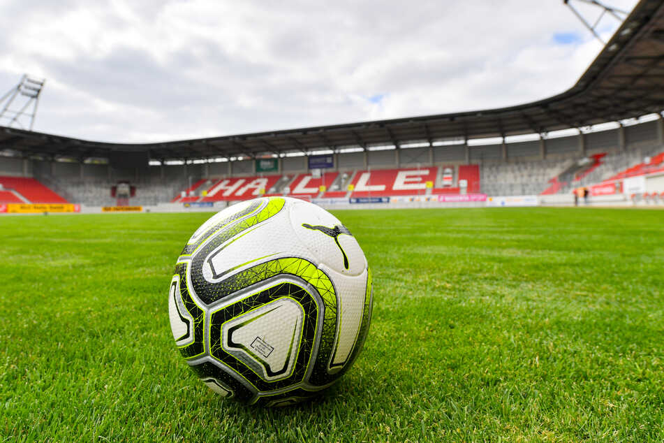 Der Hallesche FC hat dem Deutschen Fußball-Bund aufgrund des geplanten Neustarts der 3. Liga anwaltliche Post zukommen lassen.