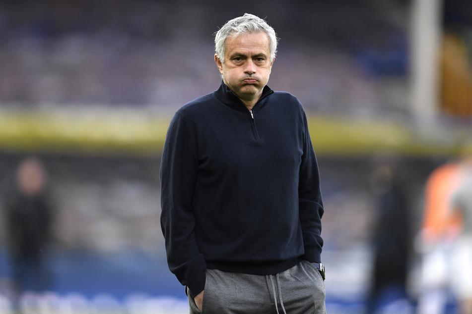 Aus bei Tottenham Hotspur! Der Klub hat Trainer José Mourinho (58) gefeuert.