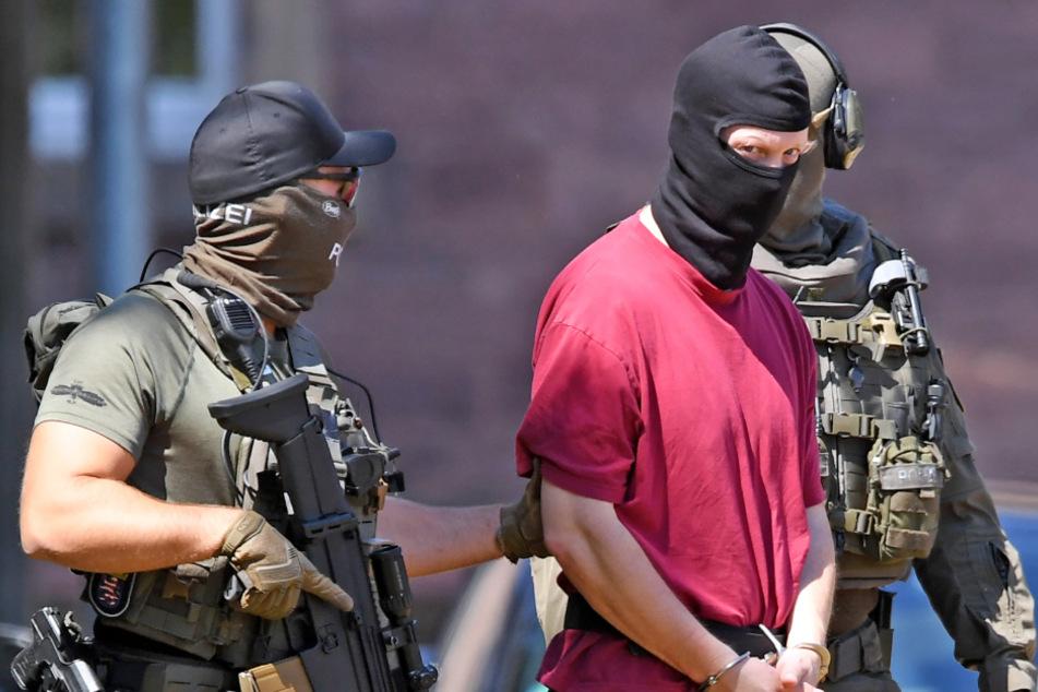 Attackierte mutmaßlicher Lübcke-Mörder Asylbewerber mit Messer? Anklage!