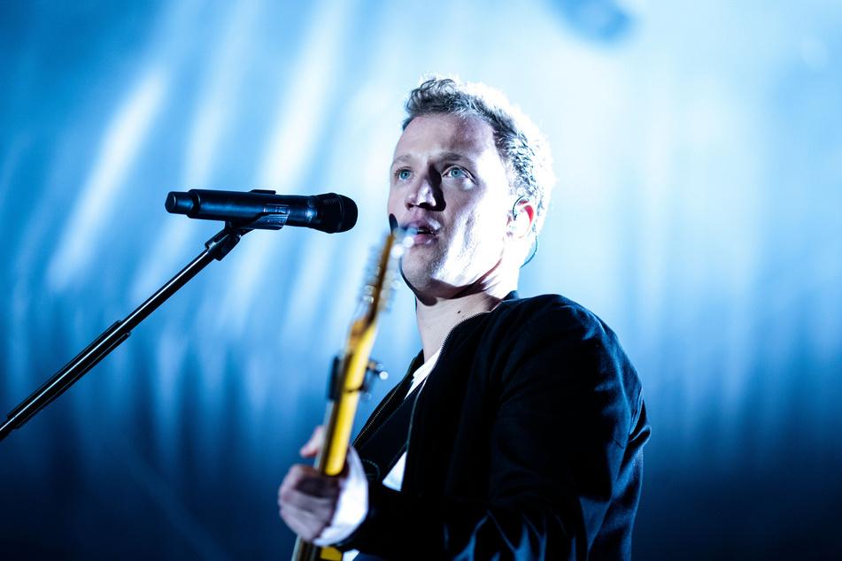 Joris (31) steht auf der Bühne. Am 23. April erscheint das neue Album des Sängers.