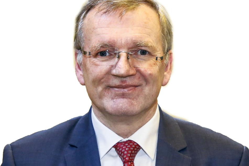Ordnungsbürgermeister Detlef Sittel (53, CDU) ist in Dresden für das Eintreiben der Bußgelder verantwortlich.