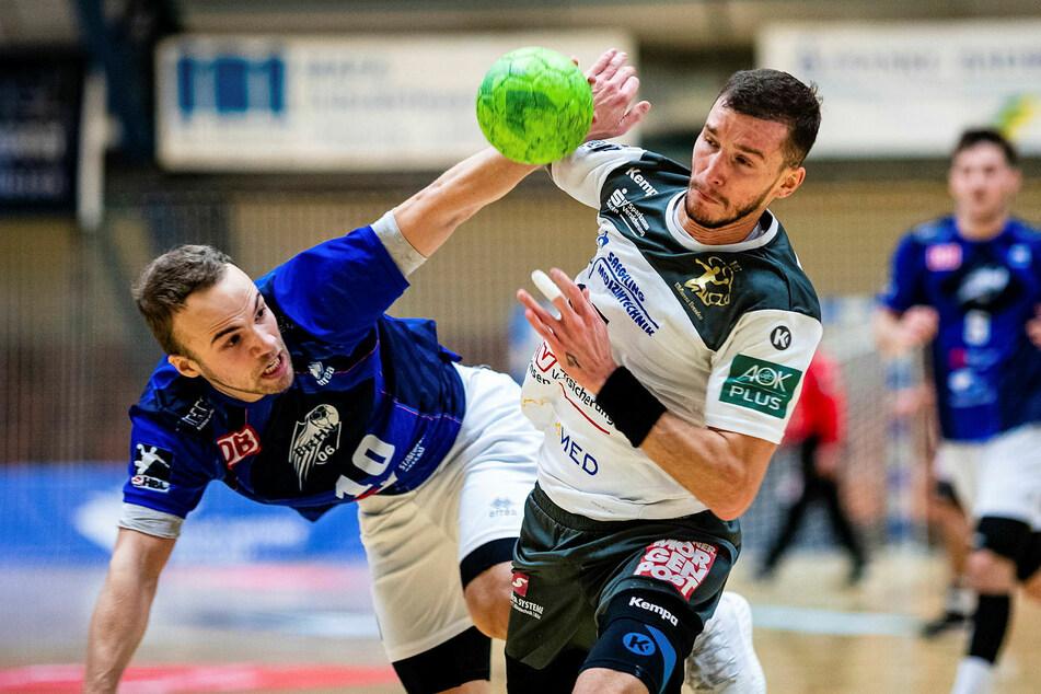 Dresdens Marek Vanco (r.) gegen Vincent Sohmann.