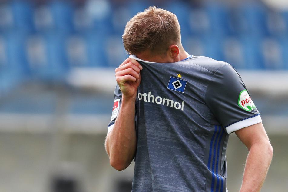 Simon Terodde (33) zeigte seine Enttäuschung nach der Niederlage gegen Osnabrück.