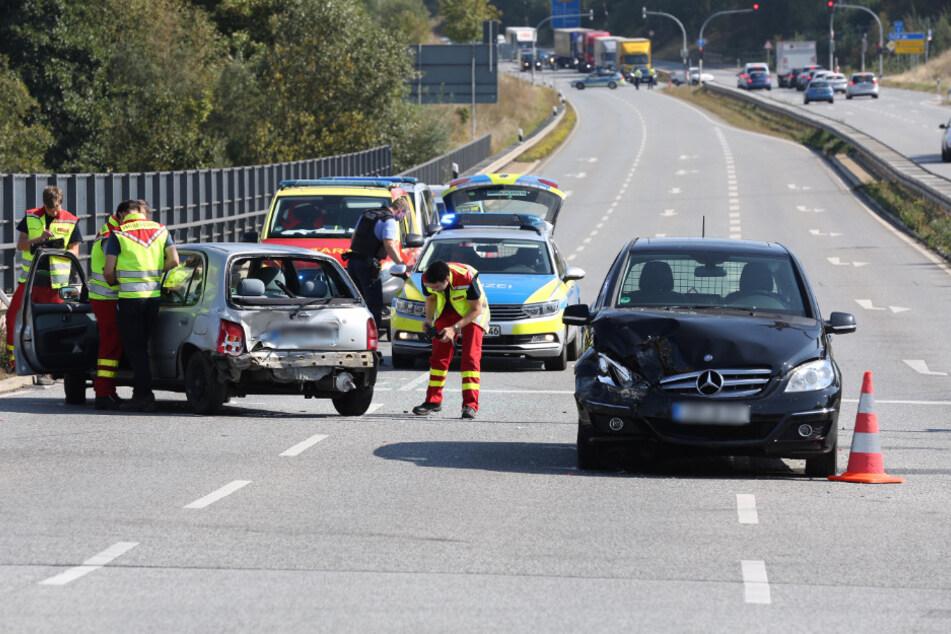 Die Fahrtrichtung Freiberg wurde nach dem Unfall komplett gesperrt.