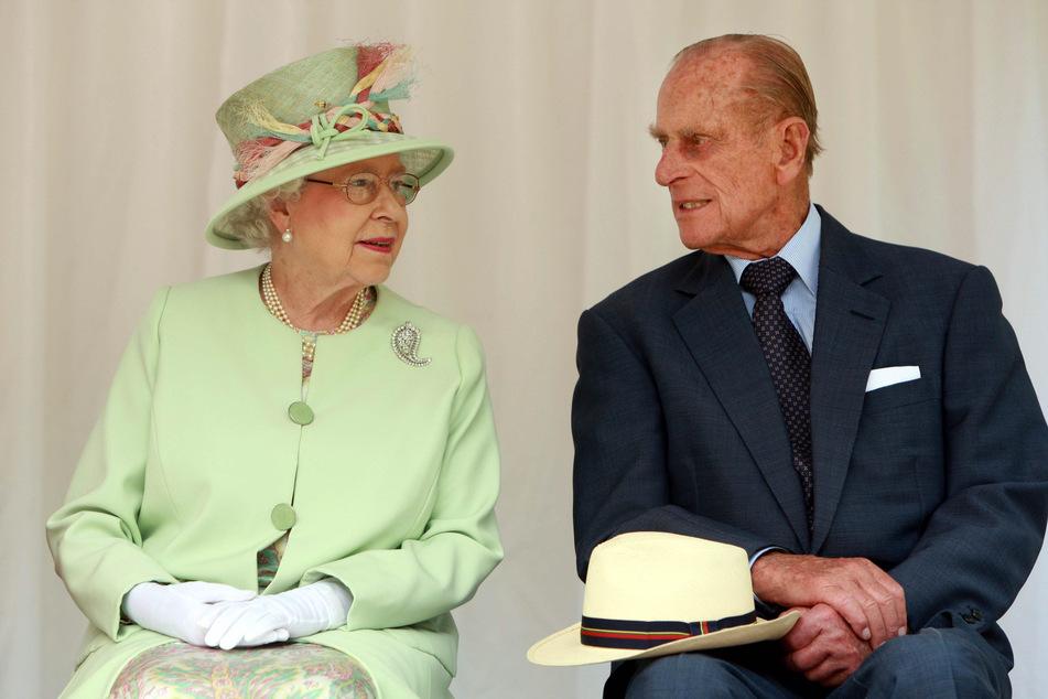 Erster Coronavirus-Fall im Buckingham Palace: Ist die Queen in Sicherheit?