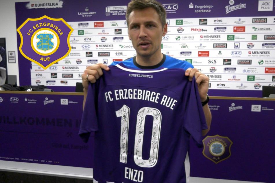 FC Erzgebirge Aue: Enzo-Trikot hilft! Erlös geht an zwei Plauener Familien