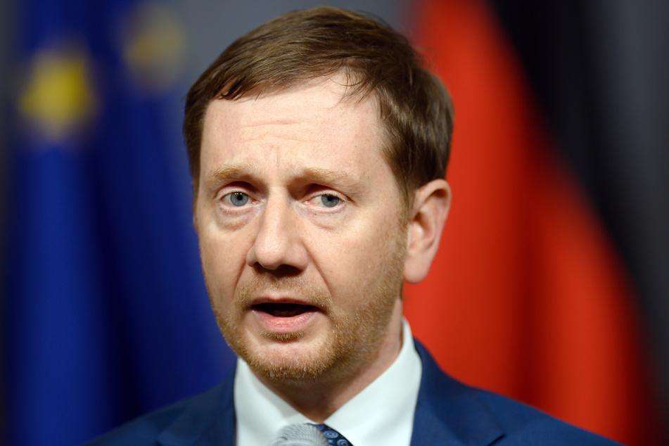 Michael Kretschmer (45, CDU) spricht sich für strengere Regeln aus.