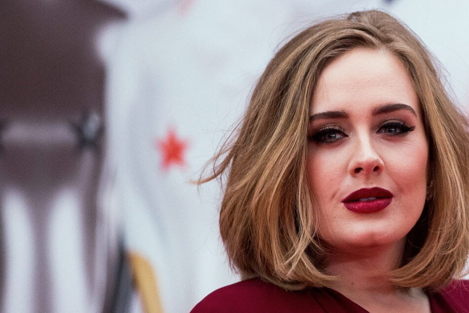 Mega-Star Adele macht Witze über ihren Gewichtsverlust