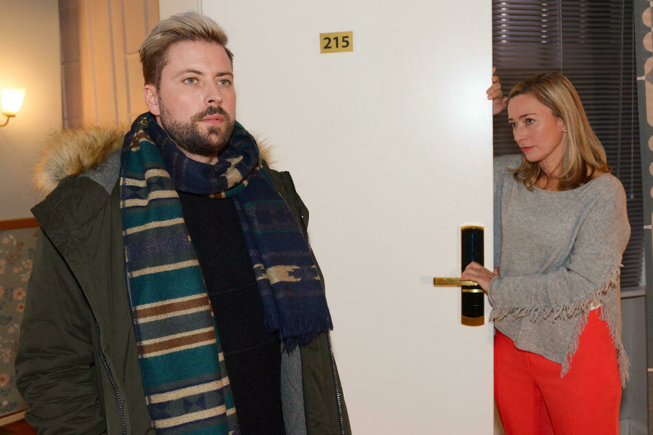 John lehnt die Versöhnungsversuche seiner Mutter Patrizia ab.