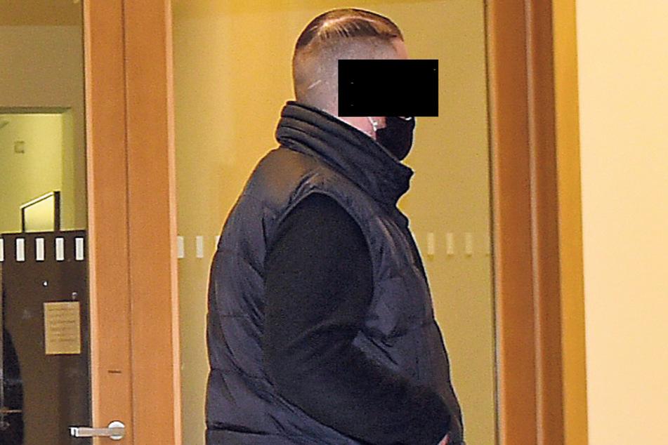 Stefan S. (28) wurde wegen gefährlicher Körperverletzung zu 15 Monaten Haft verurteilt. Die Strafe wurde zur Bewährung ausgesetzt.