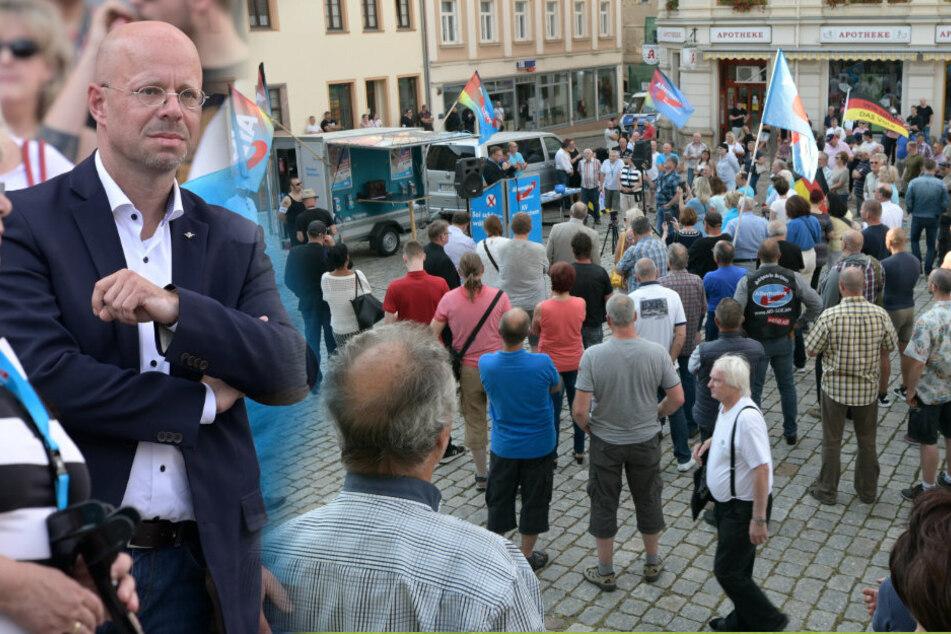 Kleinstadt im Ausnahmezustand: Kalbitz, Maier und Kuppi bei AfD-Demo in Burgstädt