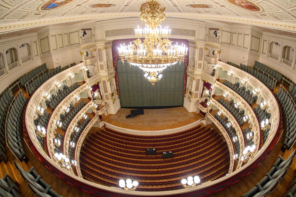 Die Dresdner Staatskapelle, die in der Semperoper ihre Konzerte gibt, wird ab 2022 womöglich auch nicht mehr als Residenzorchester bei den Osterfestspielen auftreten.