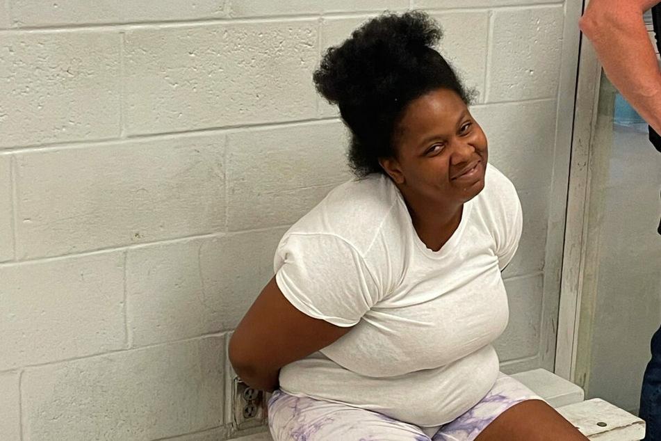 Nach ihrer Verhaftung kam Lorraine Graves gar nicht mehr aus dem Grinsen heraus.