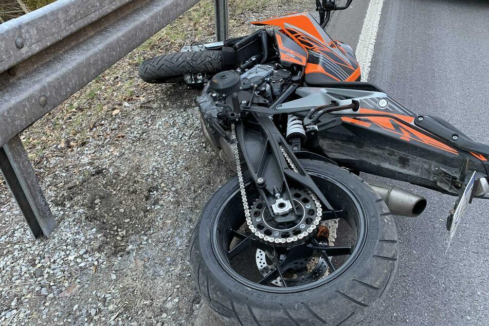 Heftiger Motorradunfall: Biker schwer verletzt