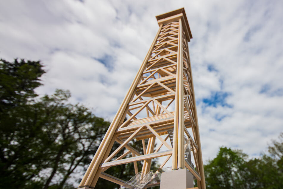 Jetzt wird gebaut: Goetheturm wächst endlich in die Höhe