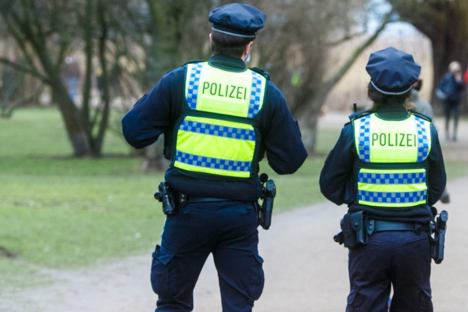 Mädchen in Park angefasst: 12-Jährige schlägt Sex-Täter in die Flucht