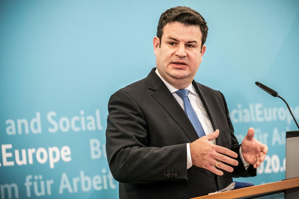 """Laut Bundesarbeitsminister Hubertus Heil (SPD) würden """"die allermeisten Menschen von Kurzarbeit nicht in die Arbeitslosigkeit fallen, sondern wieder in ihre Arbeit zurückkehren können."""""""