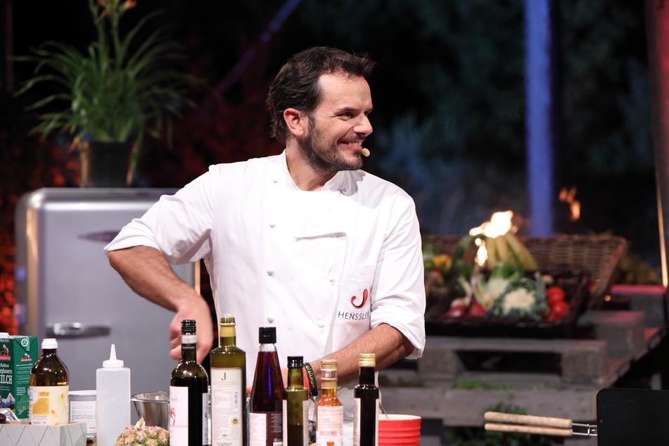 Ob am Herd oder am Grill: In der Küche ist TV-Koch Steffen Henssler (48) in seinem Element.