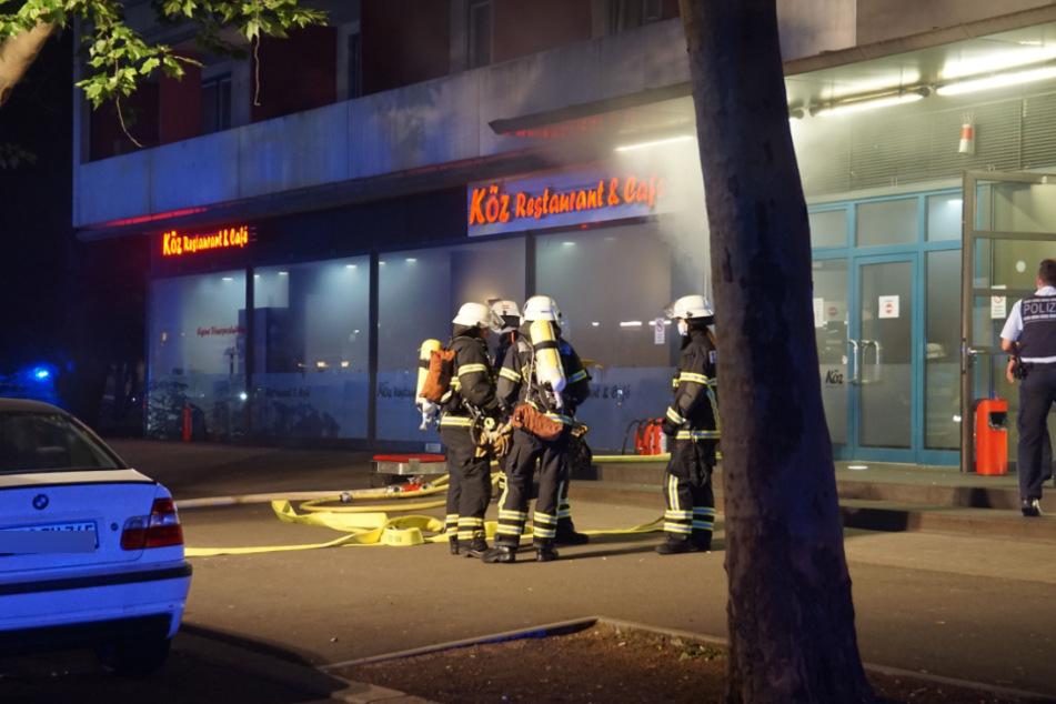 Brand in Sindelfinger Gaststätte: mehr als 160 Menschen evakuiert, satter Sachschaden