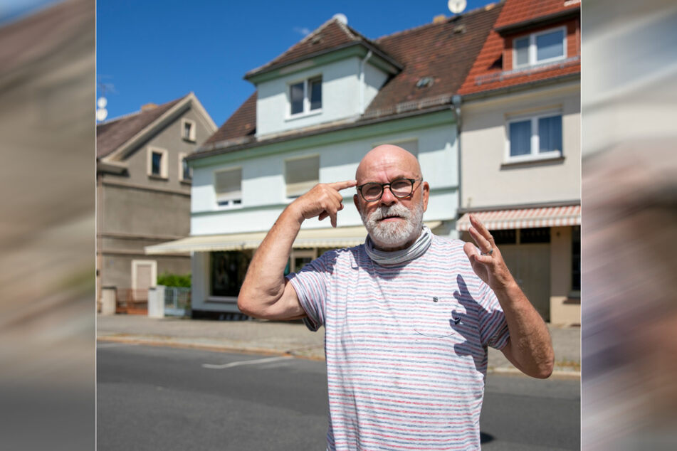 Lehnte eine Kopfwäsche ab: Joachim Rehle (70) wollte sich nur den Bart schneiden lassen.