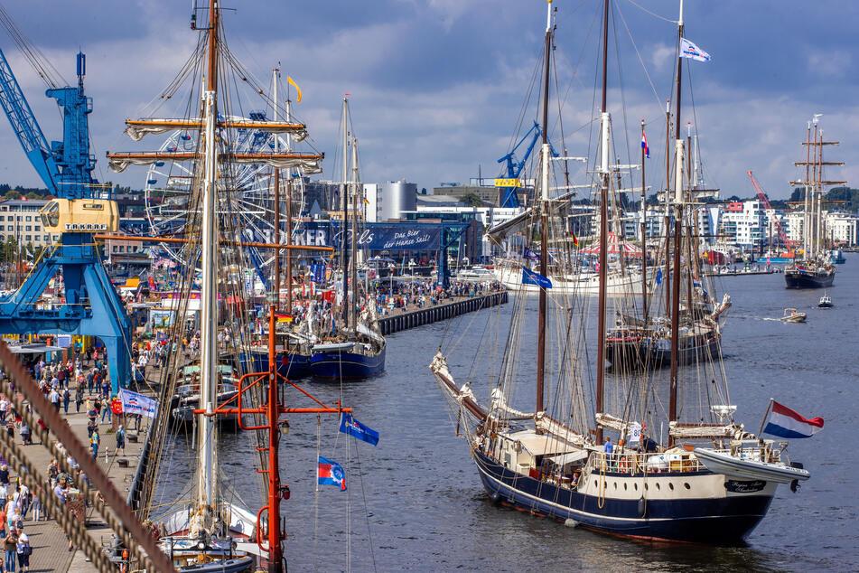 15.000 Besucher erlaubt: Guter Start für 30. Hanse Sail in Rostock