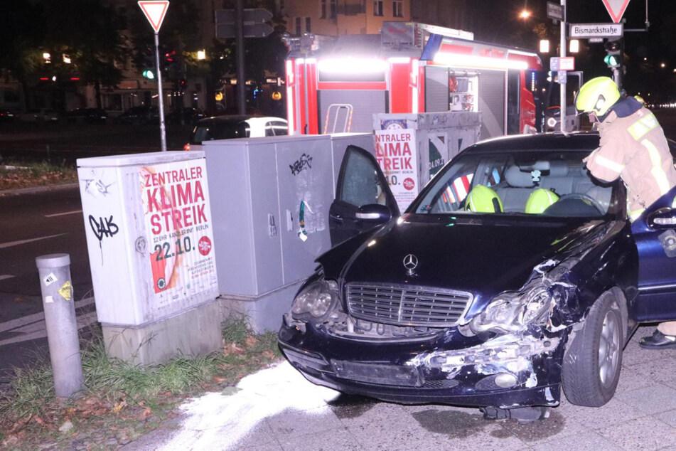 Mercedes rammt Porsche! Was die Insassen dann machen, ist kurios!