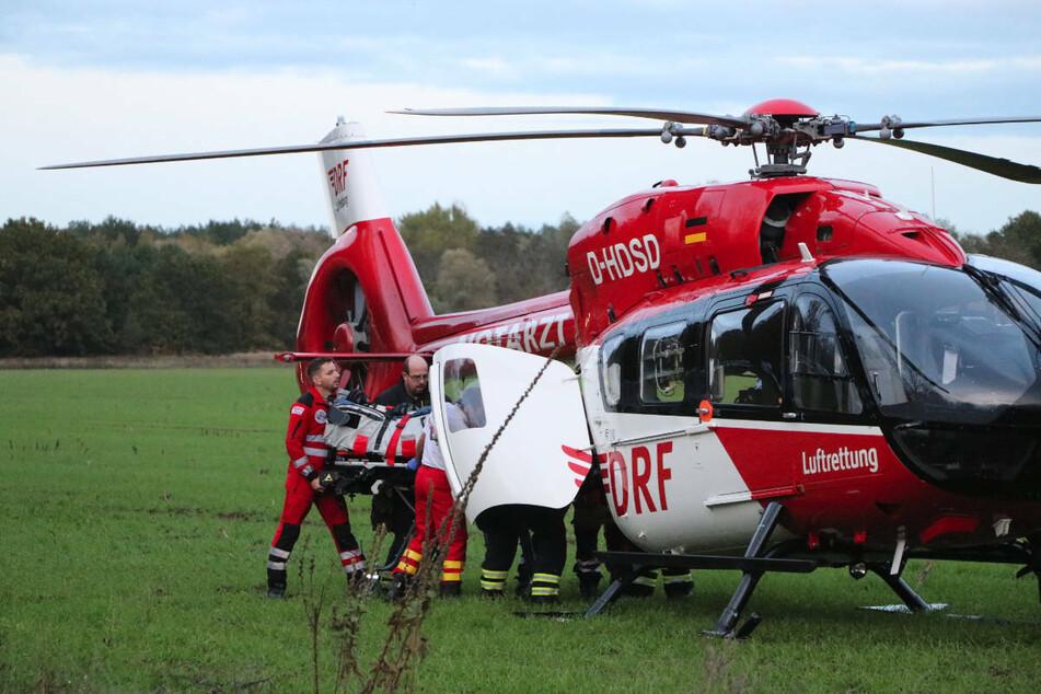 Am Montagnachmittag sind im Landkreis Vorpommern-Greifswald zwei Jugendliche bei einem Unfall schwer verletzt worden. Ein 14-jähriger Mopedfahrer musste mit einem Rettungshubschrauber abtransportiert werden. (Symbolfoto)