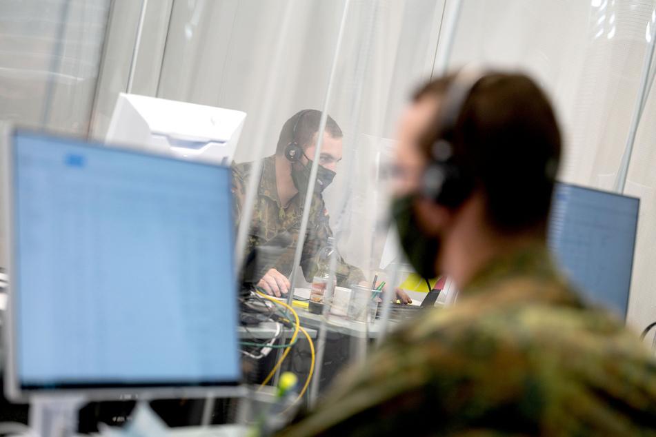 Der Landkreis Anhalt-Bitterfeld hat nach der schweren Cyberattacke Anfang Juli um die Unterstützung der Bundeswehr gebeten. (Symbolbild)