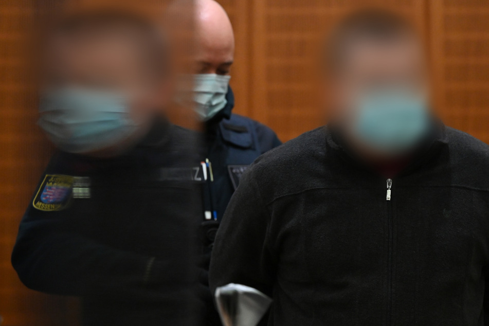 20.000 Tonnen Schlacke durchsucht: Ehefrau wegen neuer Freundin getötet und im Müll entsorgt?
