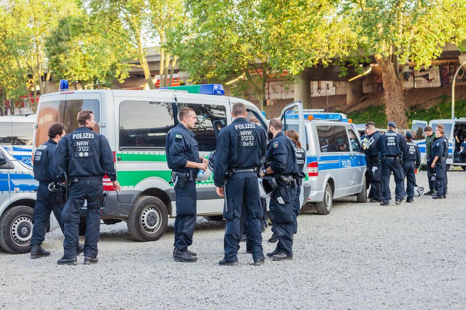 In mehreren deutschen Städten kam es zu Durchsuchungen. (Symbolbild)