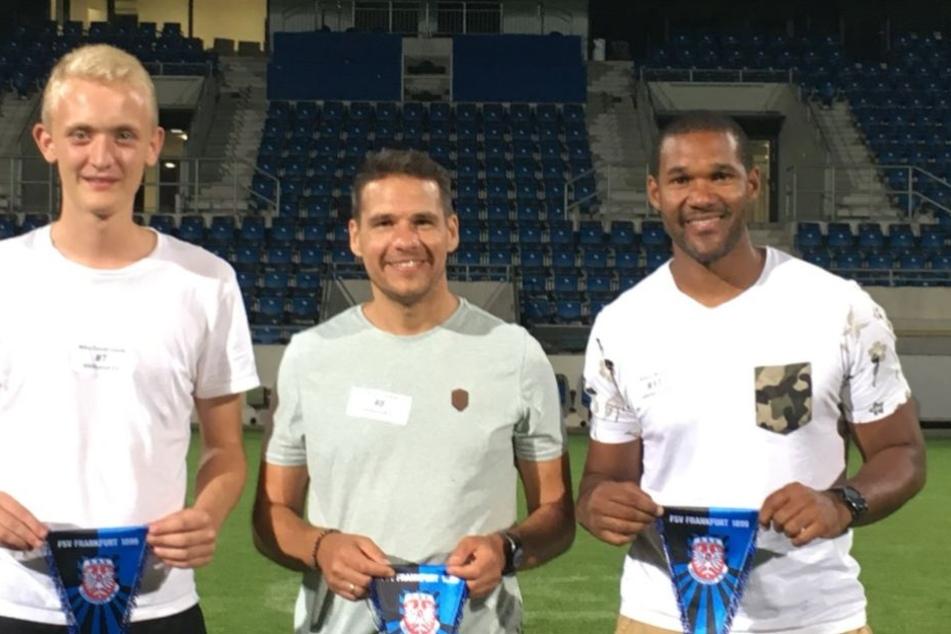 Drei glückliche Gewinner: Mika Dombrowfski, Daniel Franzen und Albert Nsiah (v.l.n.r.).
