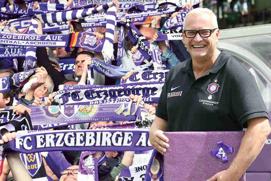 Besucherzahlen top - FCE-Geschäftsführer Michael Voigt hat gut lachen.