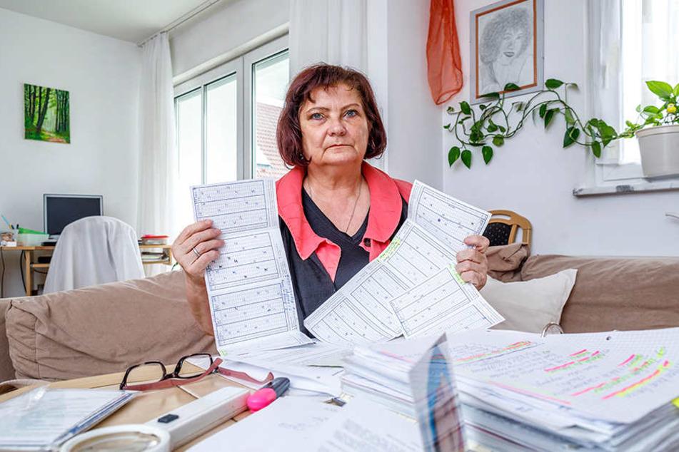 """Zwei bis drei Mal pro Monat wird sie plötzlich ohnmächtig, dokumentiert die Anfälle in einem Kalender. Seit Jahren kämpft die schwerkranke EU-Rentnerin (Grad der Behinderung 70 Prozent) vor Gericht um das Schwerbehinderten-Merkzeichen """"G""""."""