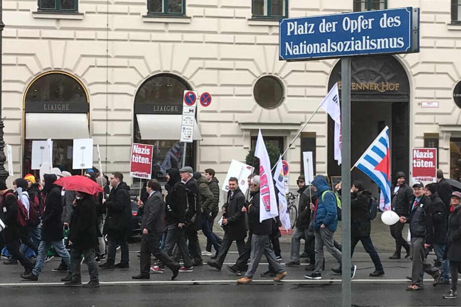 """""""Fasching statt Faschos"""": Kundgebung gegen 100 Jahre NSDAP-Gründung"""