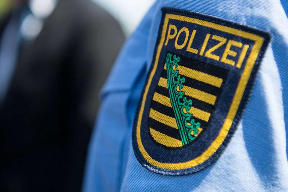 Die Polizei nimmt Hinweise zum Tathergang entgegen. (Symbolbild)