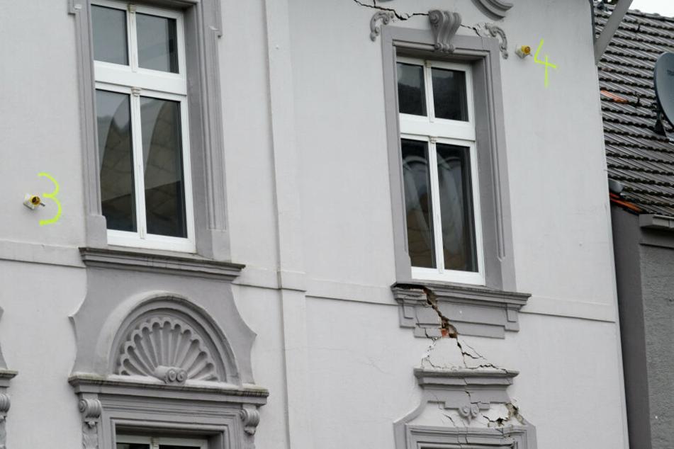 Einsturzgefährdete Häuser in Wuppertal: ein Gebäude wieder frei